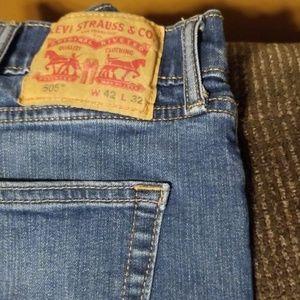 42x32 Mens Levi Jeans
